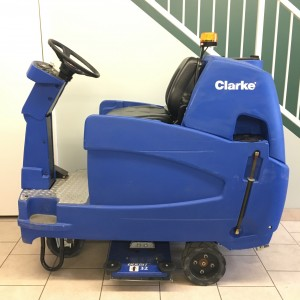 Clarke Focus II Boost Ride On - 32